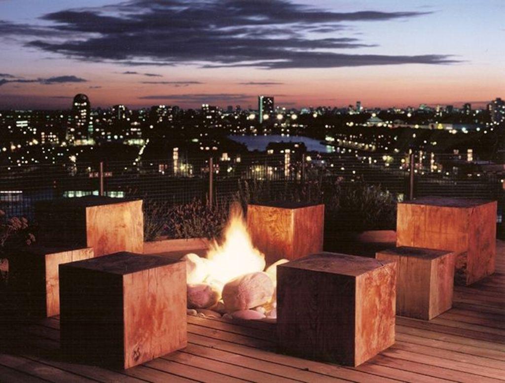 Roof top bbq shisha docklands tickets la lounge for Cafe le jardin bell lane london