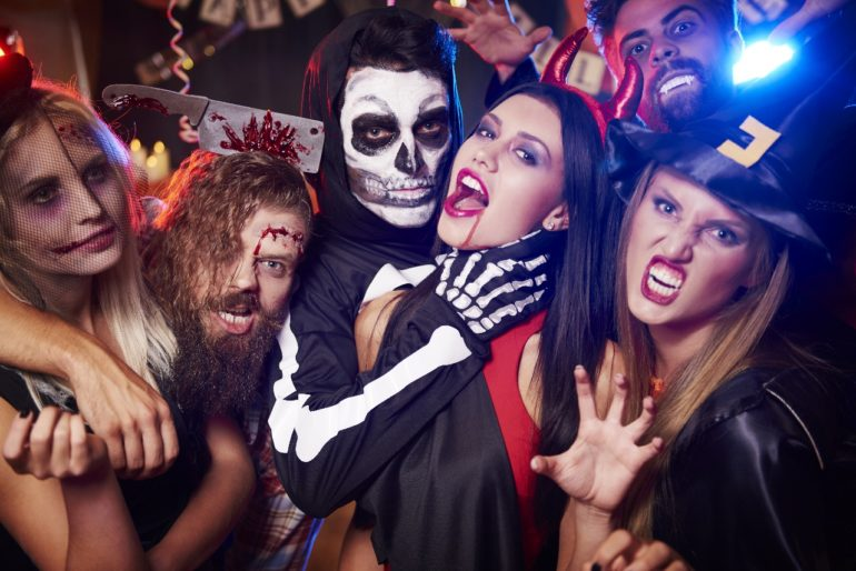 HAUNTED HALLOWEEN HOUSE PARTY - London's Scariest Halloween Party